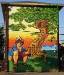 """3th mural """"Casa en el Árbol"""" (Tree House) by La Mano (Jano-Basti)"""