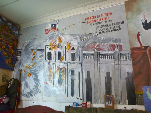 Painting of Palacio La Moneda on the day of the military coup on 11th of September 1973